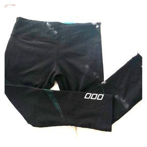 Lorna Jane workout pants/capris size XS